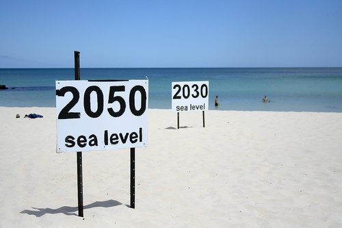 Economic impacts of sea level rise in Europe