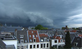 Stronger weather fronts over Europe induce more extreme weather