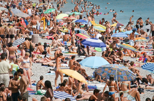 Maximum summer temperature in France could easily exceed 50 °C by 2100