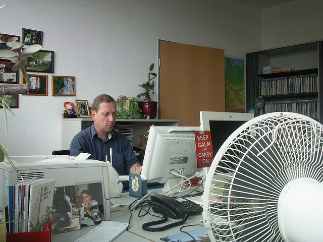 How to protect office-workers from future heat stress?