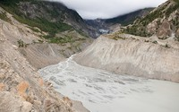 Asia's glaciers will loose at least one third of their ice mass this century