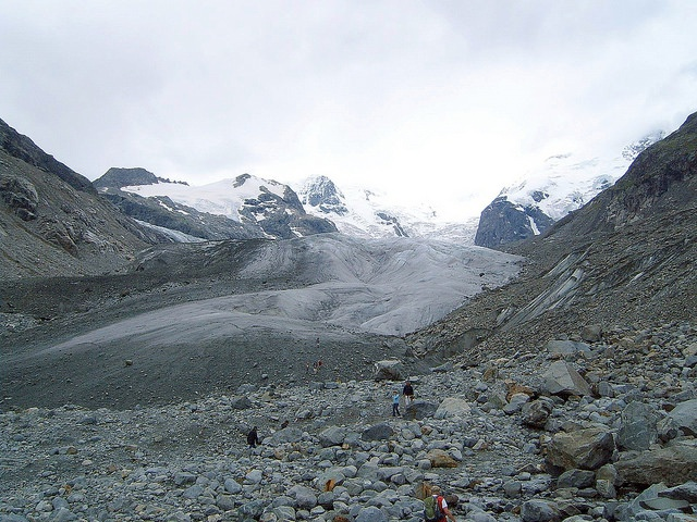 Glacier retreat can be slowed down by artificially produced snow