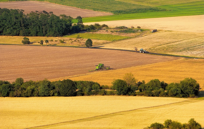 Is 1.5°C better or worse than 2°C warming in terms of agricultural impacts? We don't know!