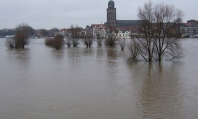 Areas in which nearby rivers flood at the same time are increasing in size