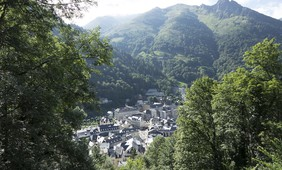 The future of landslides in the Pyrenees